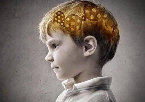 Какъв процент от интелигентността се наследява от детето
