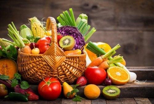 непоносимостта към глутена се преодолява с консумация на пресни плодове и зеленчуци