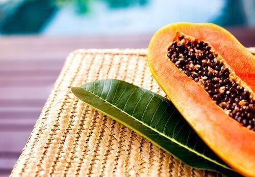 семките на папаята ускоряват горенето на мазнини