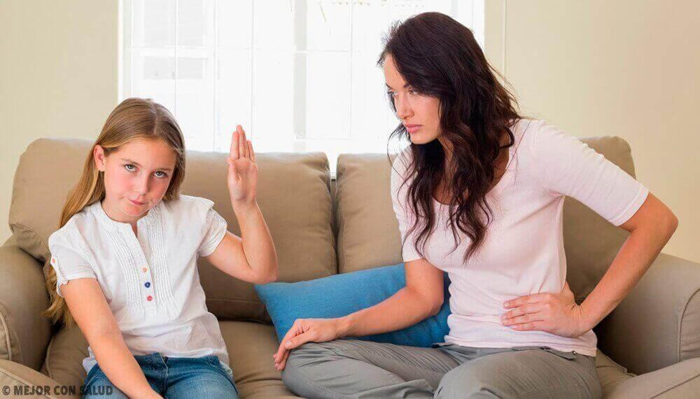 Как да контролирате неподчинението на децата