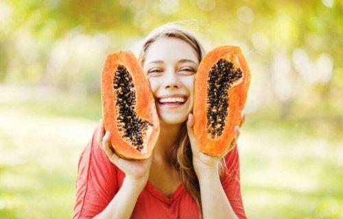 7 полезни качества на семките на папаята