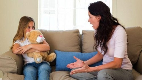 ясните правила помагат при неподчинението на децата