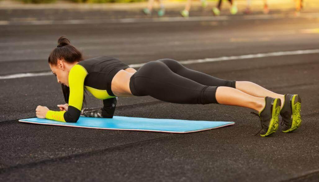 5 лесни упражнения за оформяне на фигурата у дома