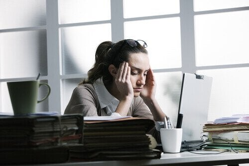 стресово главоболие и причините за него
