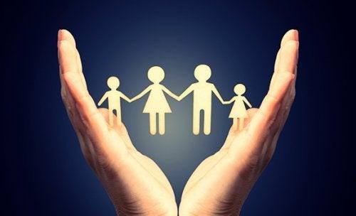 токсичните семейства и техните разновидности
