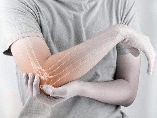 Страхотни натурални средства при болка в ставите