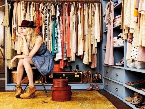 направете си сами гардероб у дома с подръчни средства