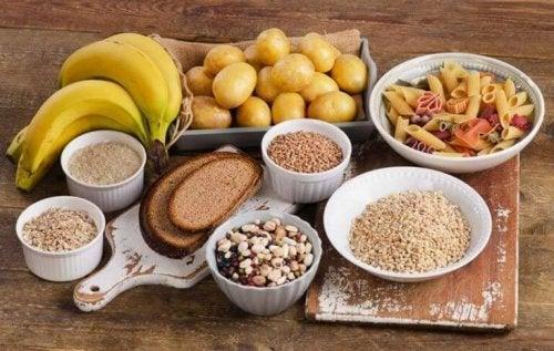 Как трябва да се храните за да стегнете корема