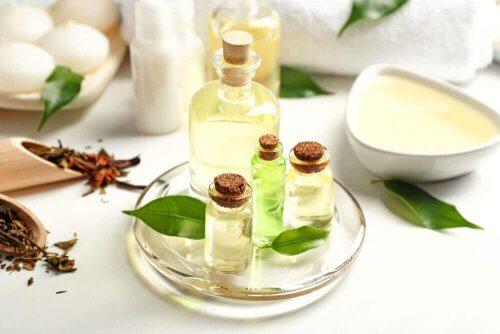 масло от чаено дърво за премахване на влагата