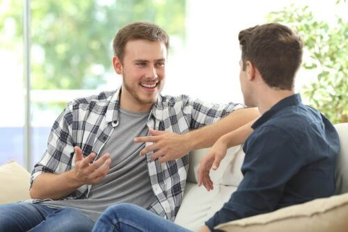 подобряването на общуването е важна стъпка за справяне с негативното мислене