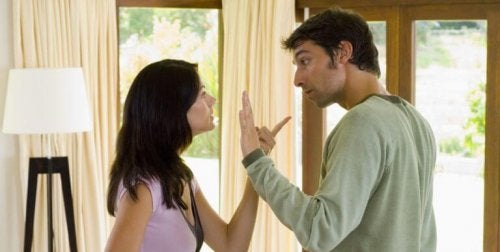 прояви на поведение като обвиняването не укрепват една връзка
