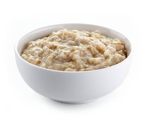 изберете овесени ядки за закуска и се сбогувайте с отпуснатите клепачи