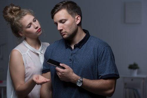 5 прояви на поведение предвещаващи провал на връзката ви