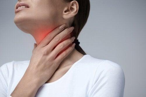 Причини за появата на зачервено гърло