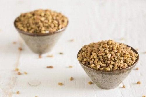 използвайте семена от сминдух, ако имате изтъняваща коса