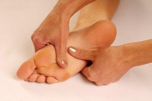 Лечебни средства за болката в стъпалата