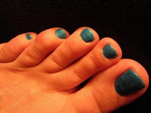 полагайте ежедневни грижи, ако искате да имате красиви стъпала