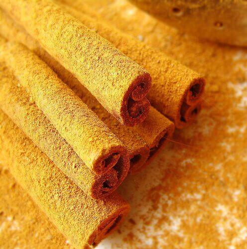 ежедневният прием на канела и мед повишава либидото