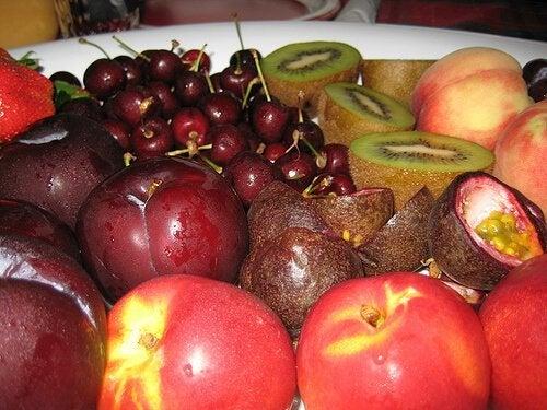 отслабнете лесно с плодовете с ниско съдържание на калории