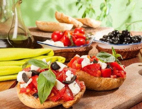 плодовете и зеленчуците заемат основна част в средиземноморската диета
