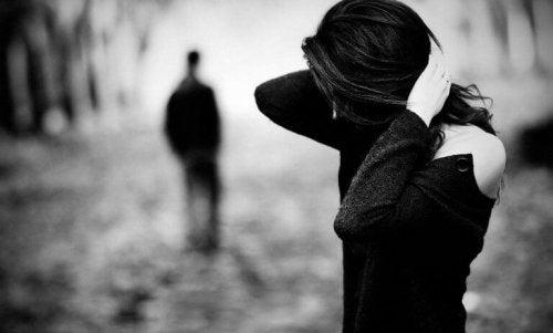 не живейте връзката си заради съжаление, вина или страх