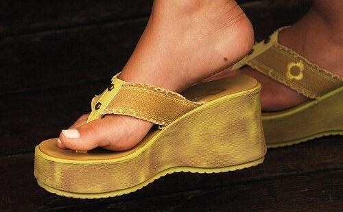 не е толкова трудно да полагате грижи и да се радвате на красиви и здрави стъпала