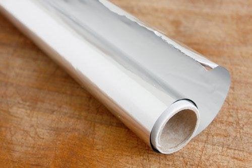 алуминиевото фолио намира редица интересни приложения в кухнята