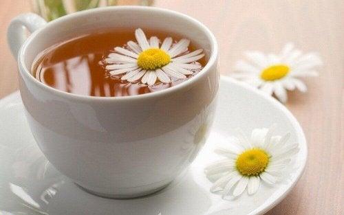 натурално лекарство против кашлица с лайка и джинджифил