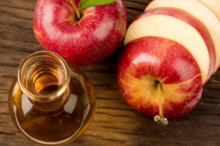 Намалете холестерола и кръвната захар с ябълков оцет