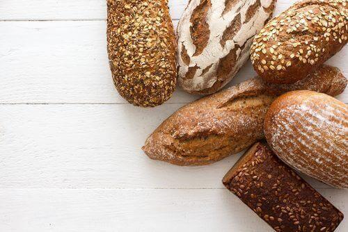 чрез консумацията на пълнозърнест хляб организмът ви ще получи фибри, витамини и хранителни вещества