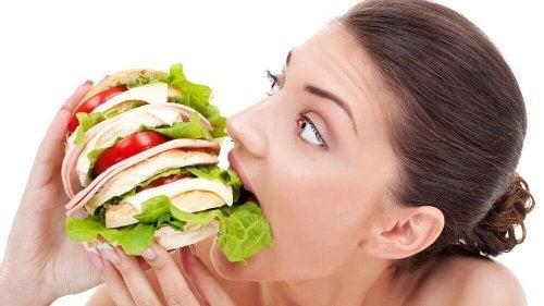 постоянен глад - симптом за захарен диабет