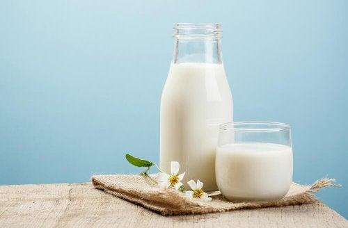 млякото е част от групата на хранителните алергени
