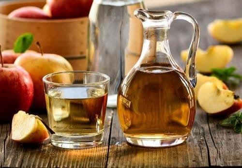 ябълковият оцет спомага борбата срещу алопецията