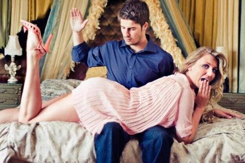 Какво представлява еротичното пляскане? Всичко по темата