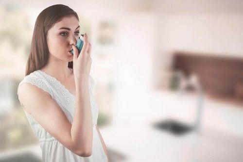 как да лекувате астмата