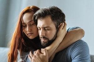 Дали партньорът ви обича или ви използва?