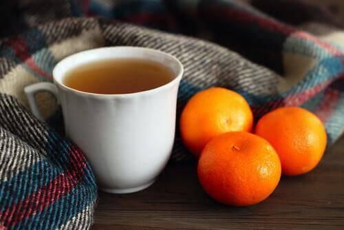 чай от мандаринови кори за по-добър сън