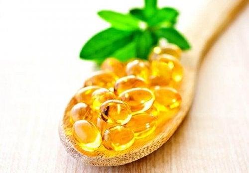 Витамин Е спомага борбата с появата на падащи мигли.