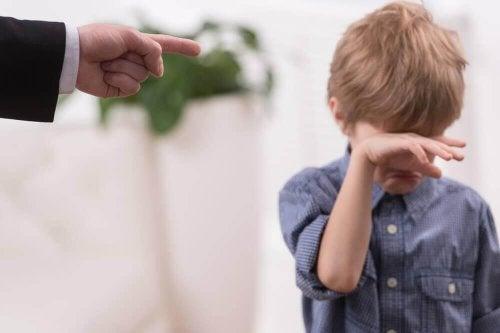Наказанието на детето не е най-добрият начин на възпитание.