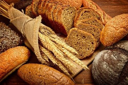 пълнозърнен хляб