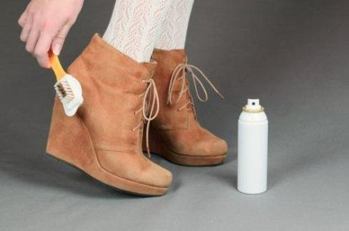 Научете как да почиствате обувките си