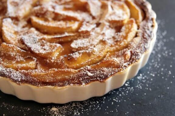 Как да приготвите лесно ябълков тарт
