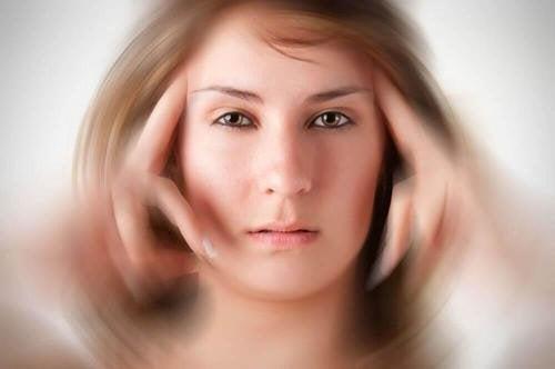 Мигренозните пристъпи се характеризират с нарушения в зрението.
