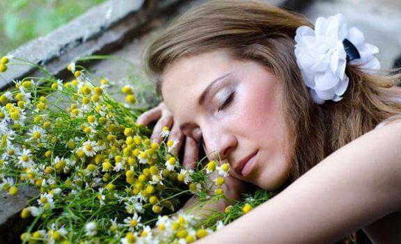 Осем ароматни масла за по-добър сън