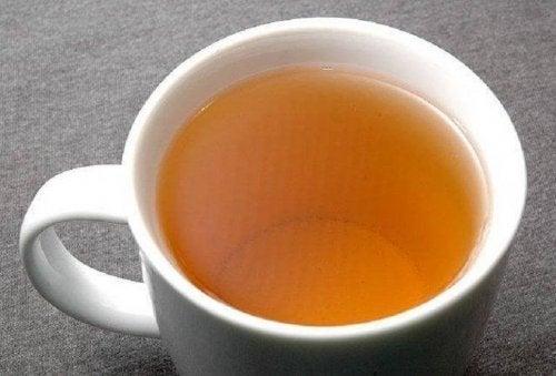 Чаят от маслинови листа ще ви помогне в борбата срещу хипертонията.