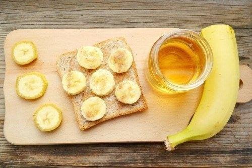 Можете да си приготвите здравословни десерти, съдържащи полезни хранителни вещества и малко захар.