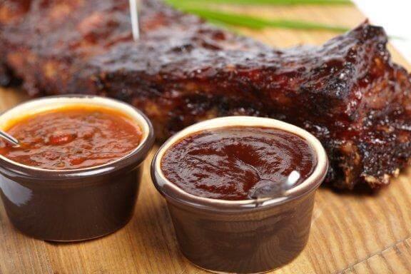 Три рецепти за барбекю сос за месо
