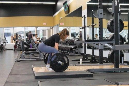 Енергия при жени силови атлети
