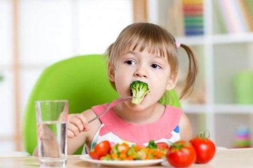 Шест рецепти, които ще помогнат на детето ви да прояде зеленчуци