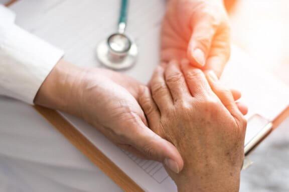 Облекчете симптомите на ревматоидния артрит с тези средства
